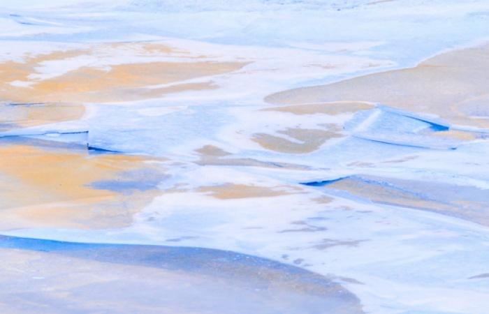 Givre et glace photographié en macro pendant le stage photo automnal dans la vallée de la Clarée